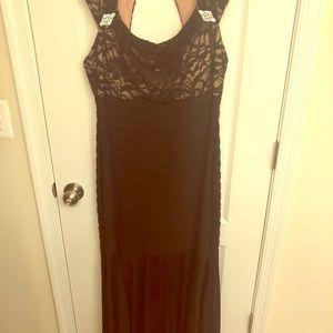 Beautiful Black Chic Dress!!